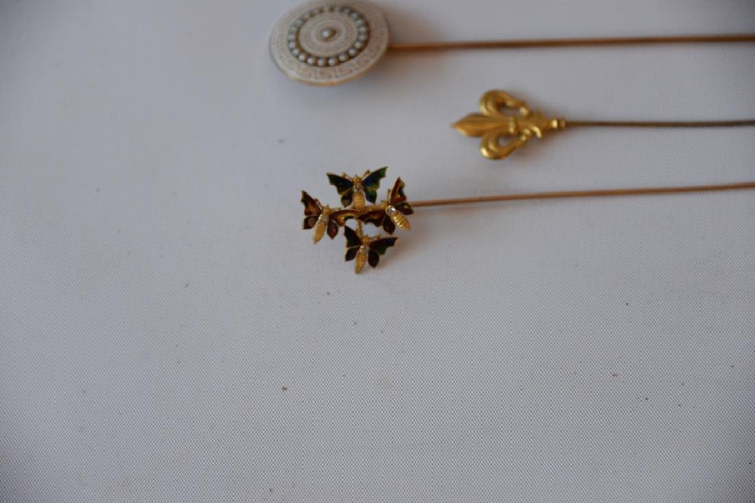 Five piece lot of 10 karat and 18 karat gold Victorian - 2