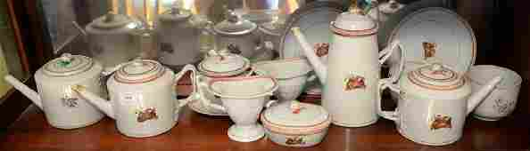 Chinese export, sixteen pieces including three teapots,