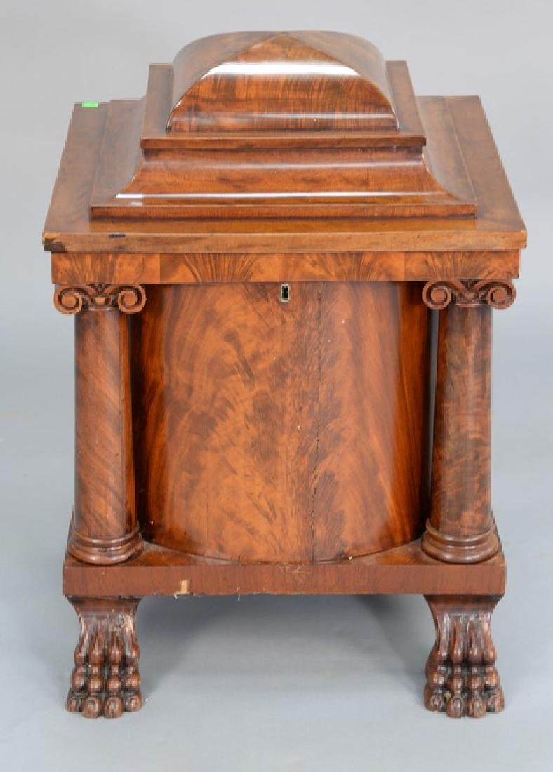 Federal mahogany cellarette with four columns and four
