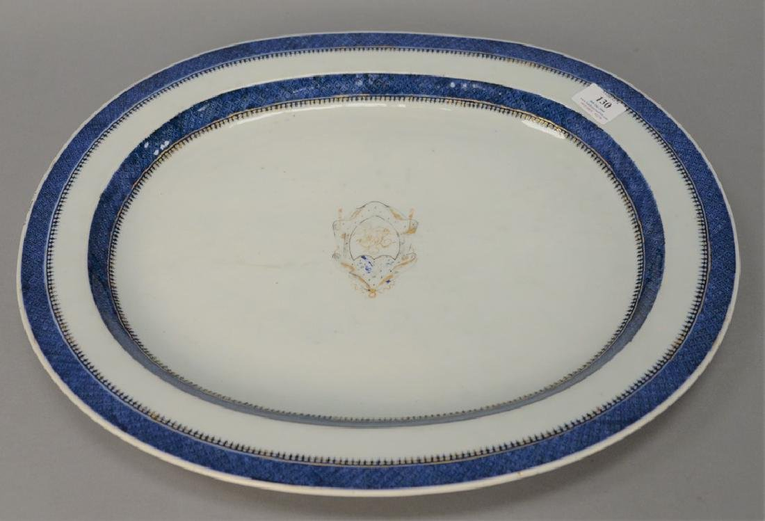 Chinese export deep platter having blue and gold