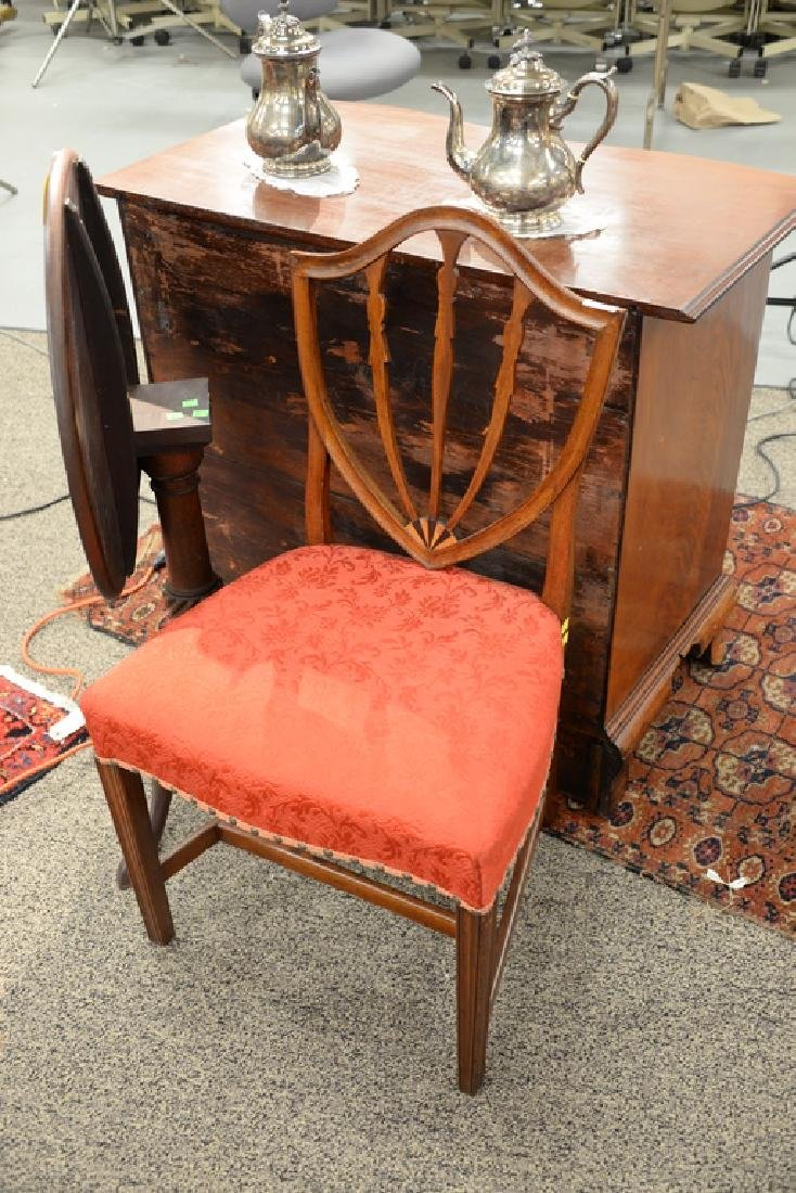Federal mahogany side chair with shield back and inlay - 2