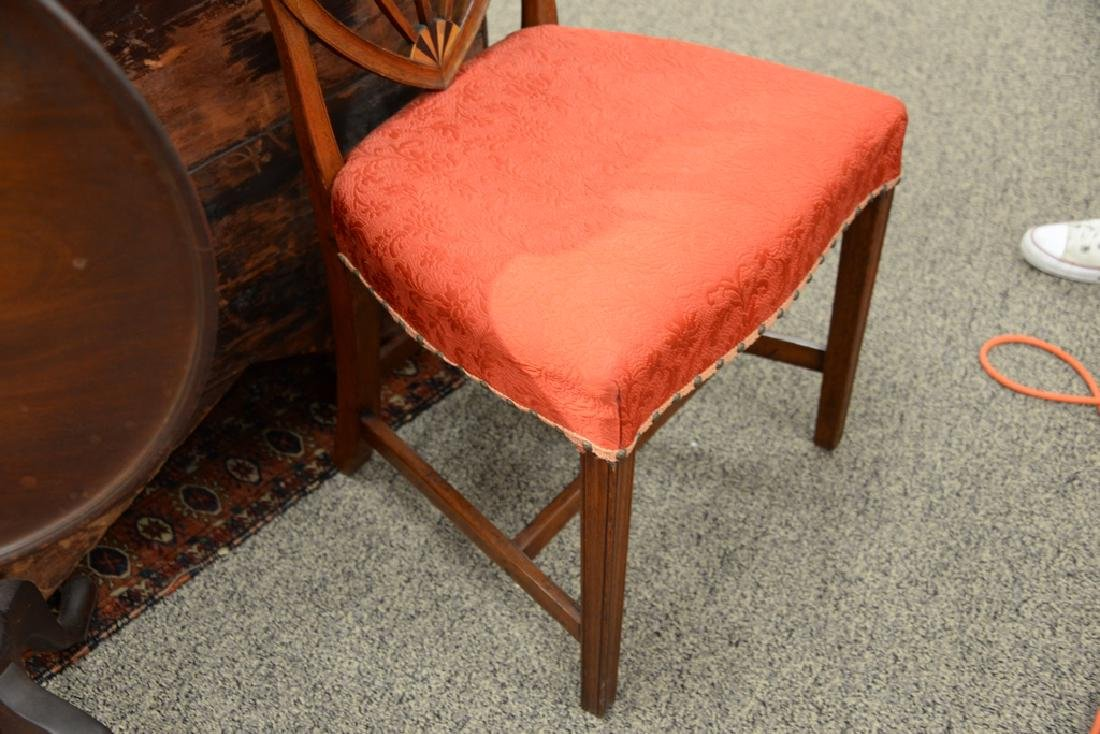 Federal mahogany side chair with shield back and inlay - 4