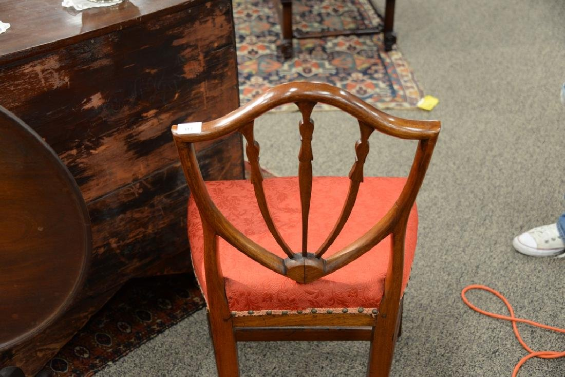 Federal mahogany side chair with shield back and inlay - 5
