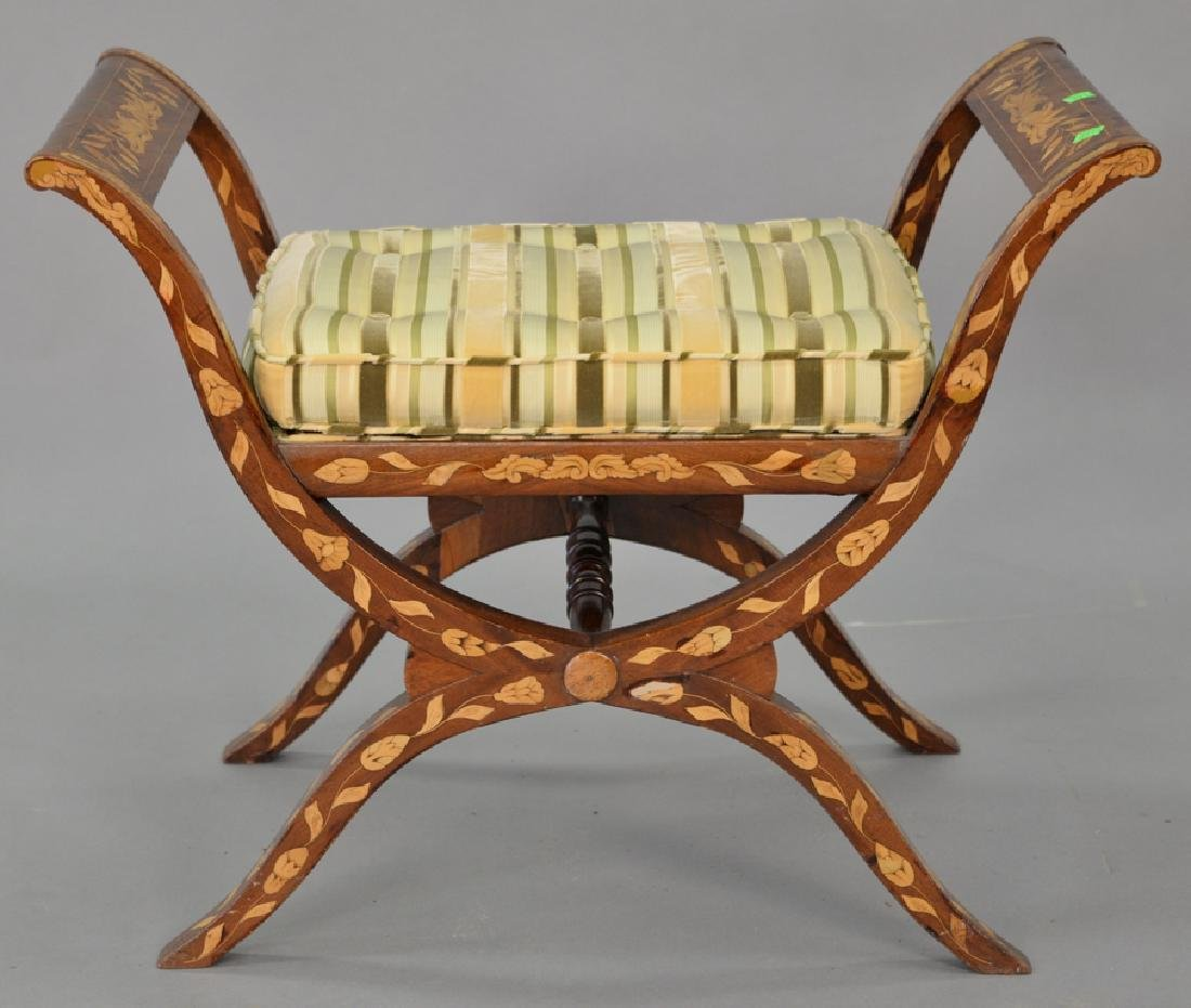 Marquetry inlaid tip top bench, 20th century, diameter