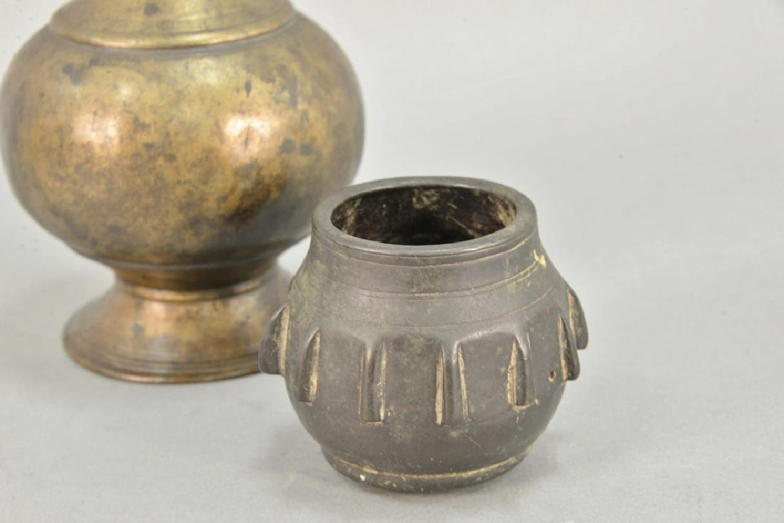 Two early vases including bronze Eastern vase, possibly - 3
