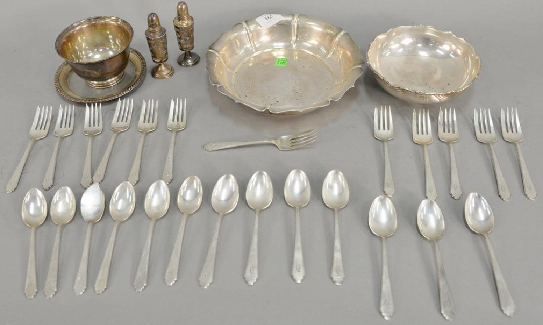 Sterling silver lot to include three bowls and