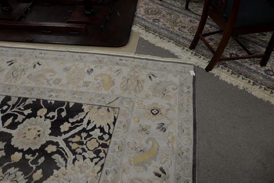 "Oriental carpet. 10' x 9'10"" - 5"