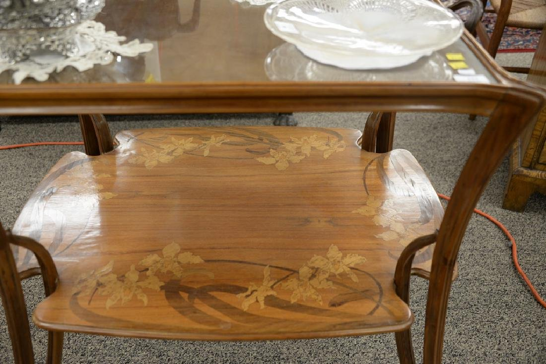 Majorelle mahogany marquetry inlaid two-tier table with - 3