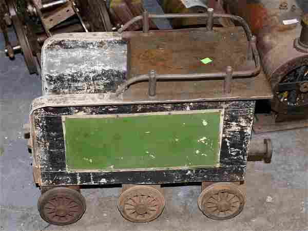 Large scale steam engine train in parts, 10'' gauge,