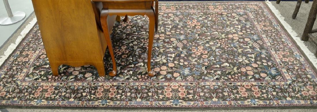 Oriental area rug 6' x 9'3''