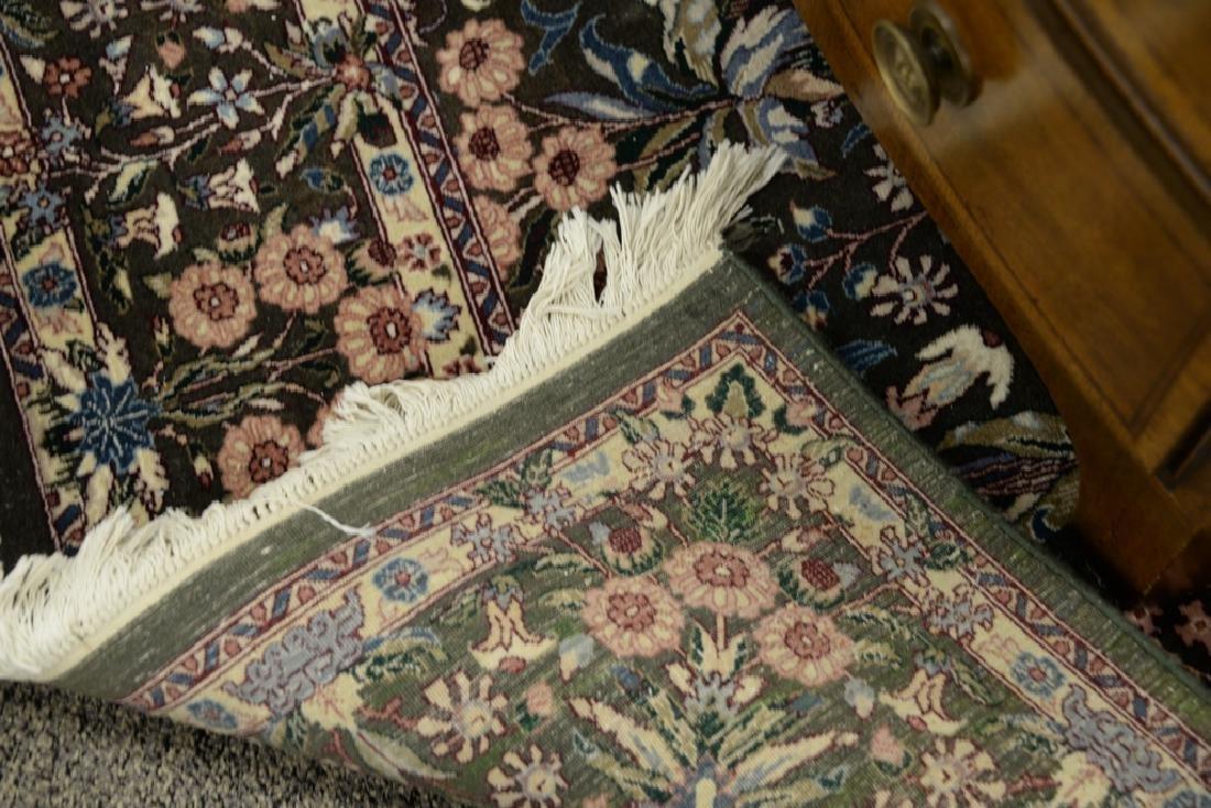 Oriental area rug 6' x 9'3'' - 4