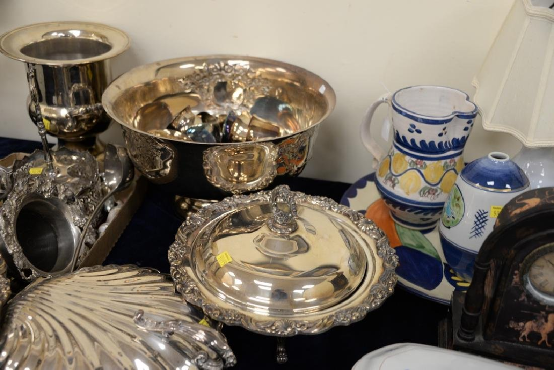 Silverplate lot including punch bowl and cups, covered - 4
