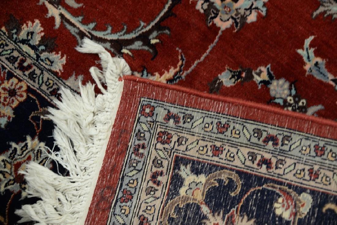 """Oriental area rug. 6' x 9'4"""" - 5"""