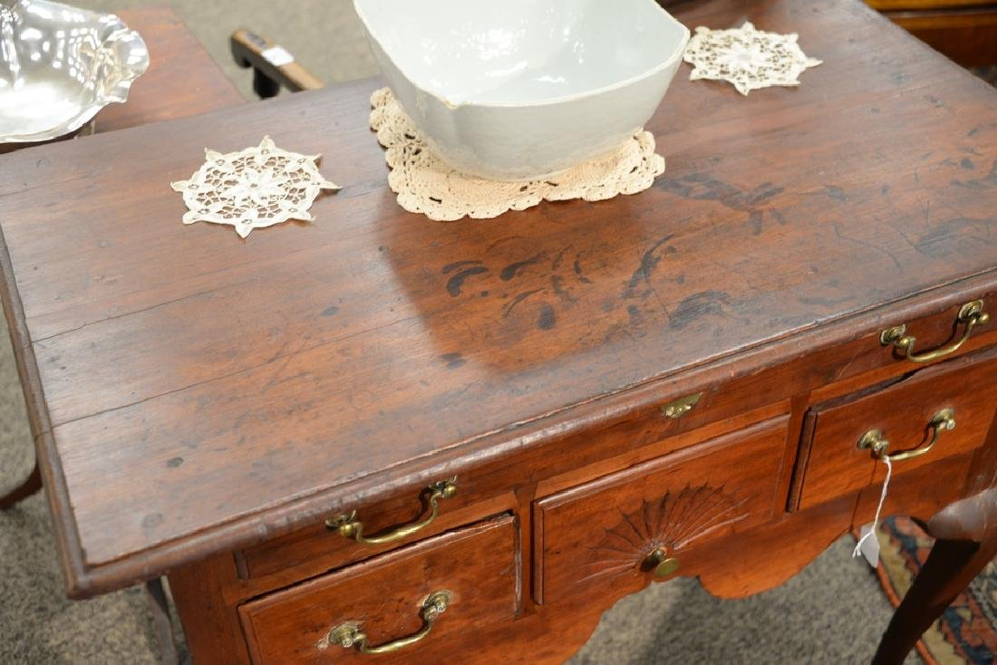 Queen Anne lowboy with molded top over one long drawer - 3