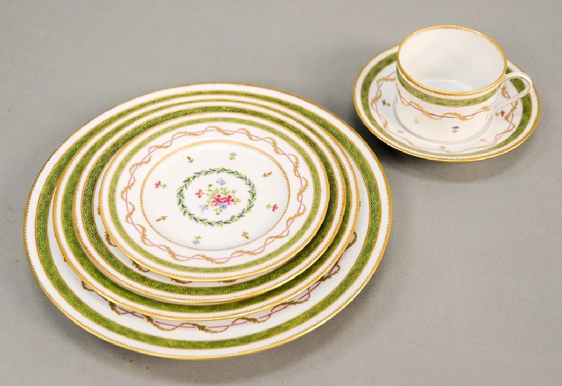 "Haviland Limoges 119 piece porcelain dinner set, ""Vieux"