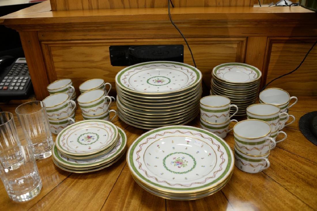 "Haviland Limoges 119 piece porcelain dinner set, ""Vieux - 8"