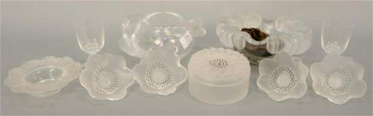 Ten piece lot to include frosted glass Lalique bowl