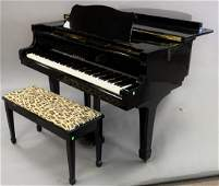 Yamaha black lacquer Grand piano with bench G3