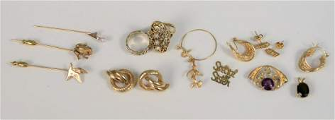 14K gold lot to include two pair earrings, three stick