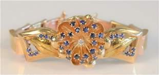 14 Karat Gold Bracelet having three dimensional flower