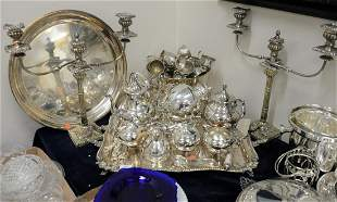 Group of Silverplate, to include tea set, Sheffield
