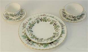 """Royal Worcester """"Lavinia"""" Set of China, one hundred and"""