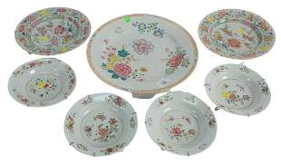 Seven piece lot to include three Famille Rose Porcelain