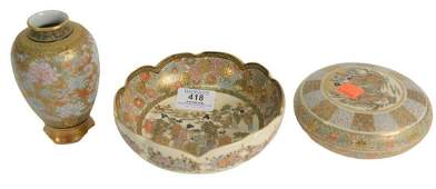 Three Satsuma Pieces to include a satsuma scalloped