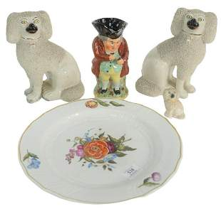 Five Piece Group of Pottery and Porcelain, to include