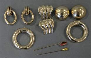 Group of Gold Jewelry, to include four pairs of 14 kara