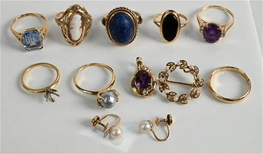 Group of 11 Pieces of Yellow Gold Jewelry, to include