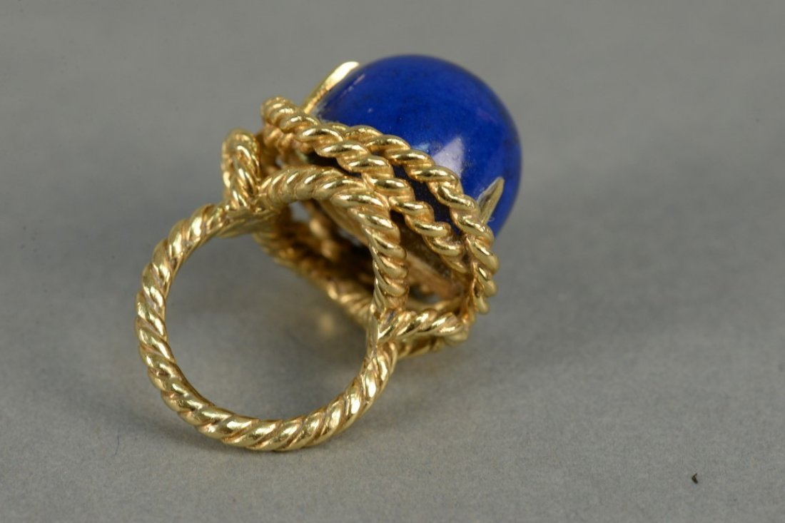 18K ring with large cabochon cut lapis, ring in rope - 2