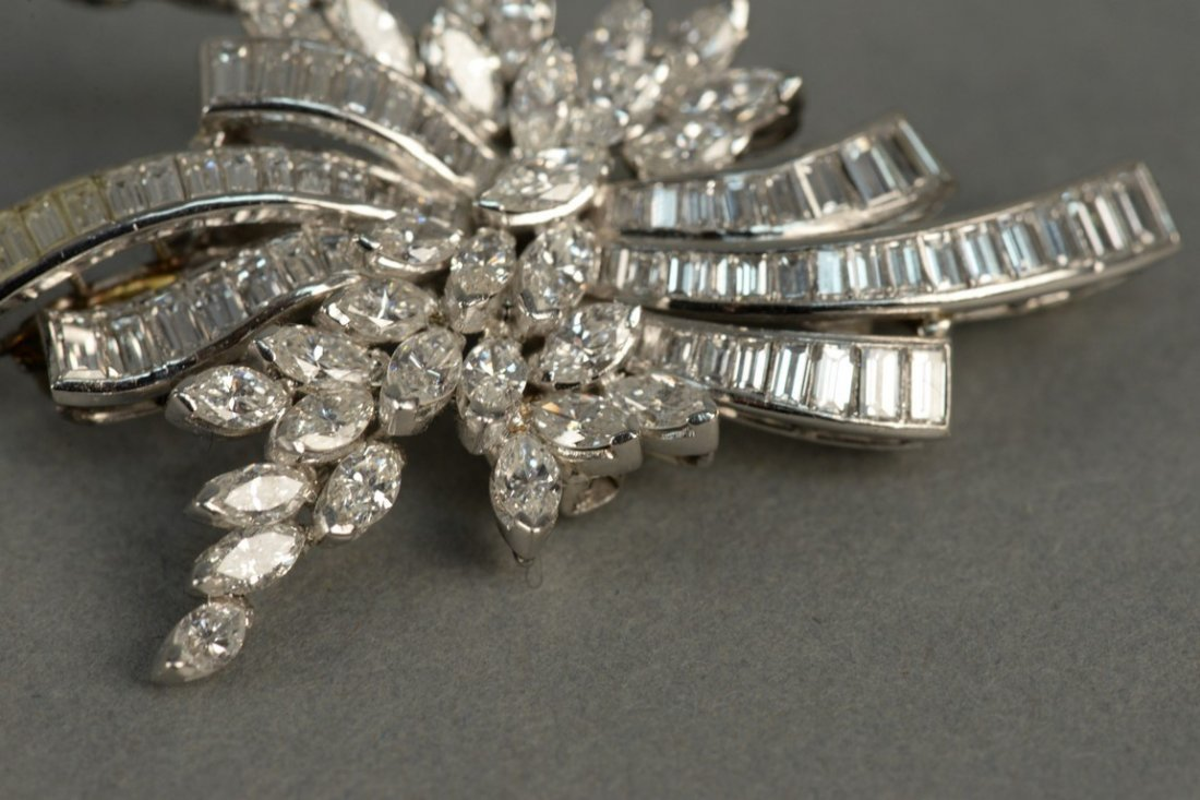 Platinum and diamond brooch/pendant set with marquis - 4