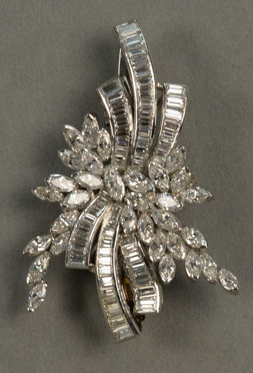 Platinum and diamond brooch/pendant set with marquis - 5