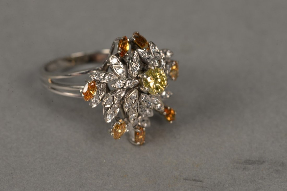 18K white gold cocktail ring set with center yellow - 2