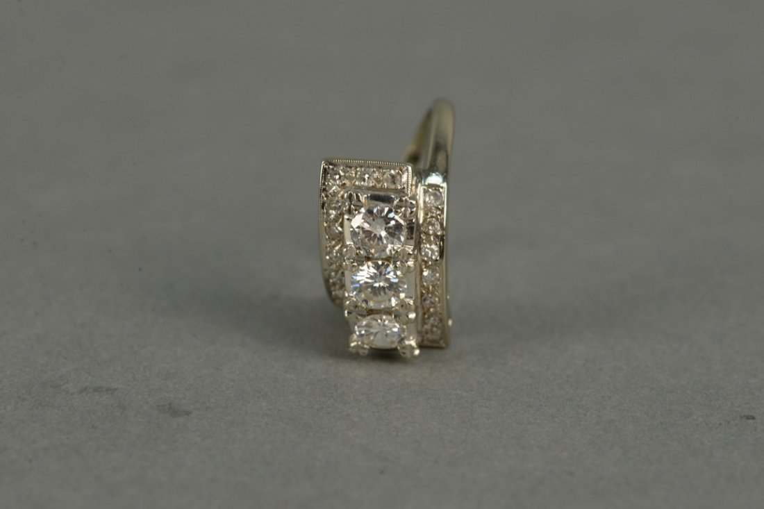 14K ladies ring set with three round diamonds - 5
