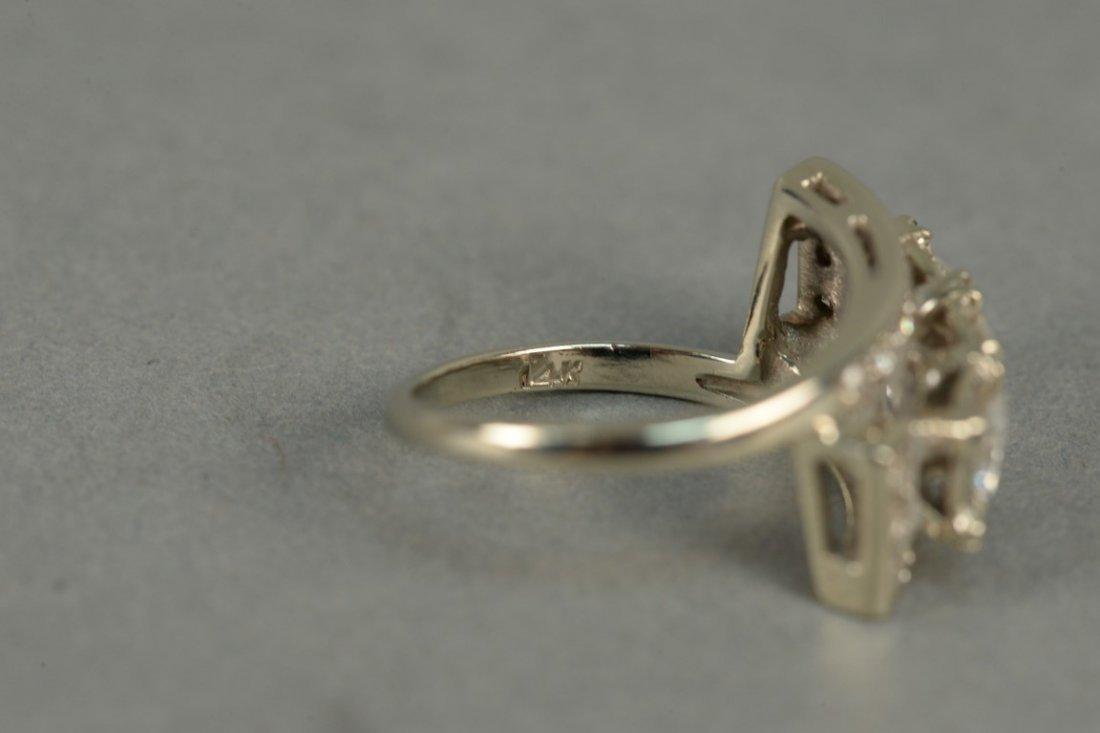 14K ladies ring set with three round diamonds - 7