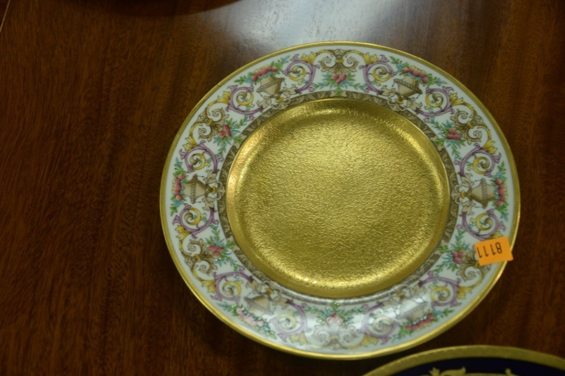 Set of twelve Minton luncheon plates with encrusted - 5