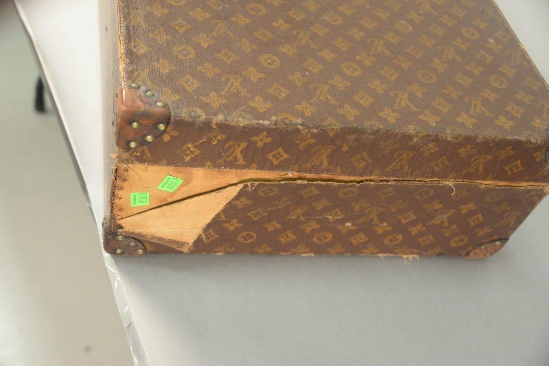 Louis Vuitton monogram suitcase, hard shell exterior - 4