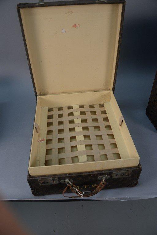 Louis Vuitton monogram suitcase, hard shell exterior - 6