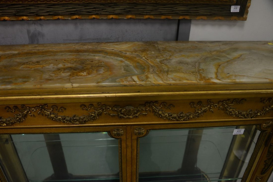 Louis XVI style gilt vitrine having onyx top on cabinet - 6