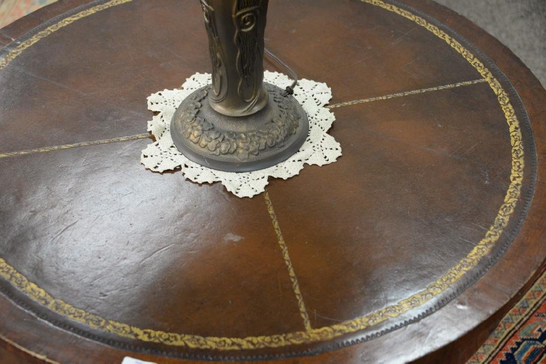 George III mahogany center table with leather top and - 3