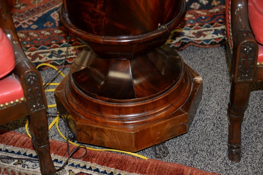 Pair of Empire round mahogany stands having marble tops - 4