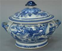 Chinese export porcelain blue and white Canton covered