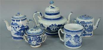 Five piece group of Chinese export porcelain blue and