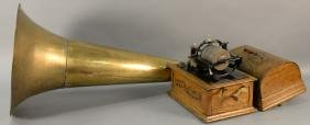 Thomas Edison concert phonograph 1898 cylinder, having
