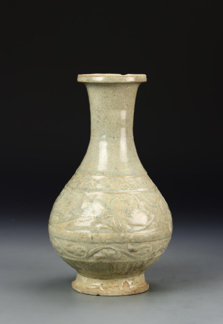 Chinese Longquan Celadon Vase - 4