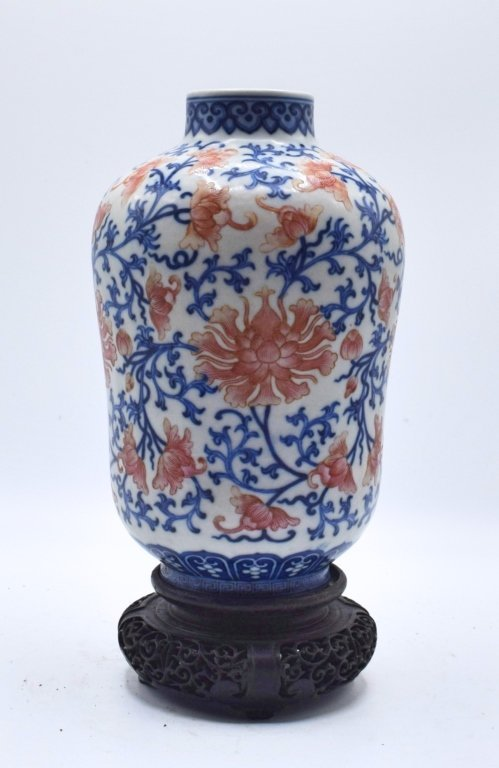 CHINESE QING PERIOD BLUE AND RED VASE