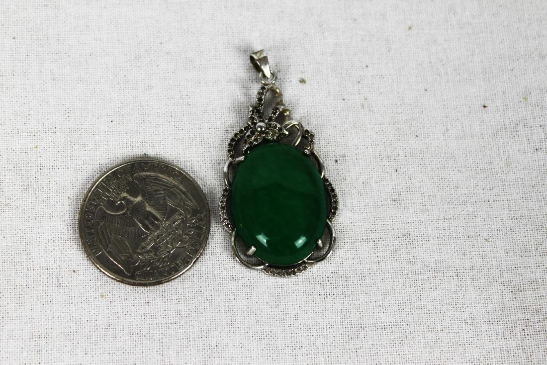 Chinese Green Emerald Jade Necklace Pendant