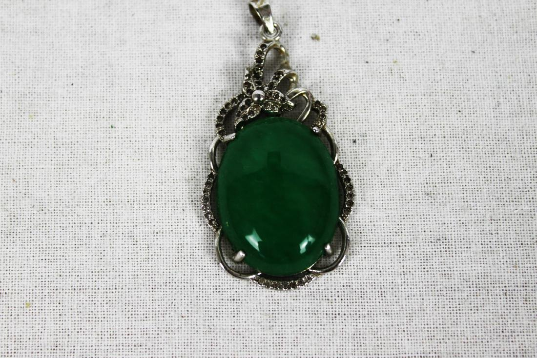 Chinese Green Emerald Jade Necklace Pendant - 2